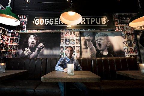 STORT ØLSALG: Goggen Sportspub på Bragernes torg solgte mest alkohol i fjor, av de ulike stedene med skjenke- og salgsbevilling. - Det viser vel at vi gjør noe riktig, sier Tommy Christoffersen, daglig leder og medeier.