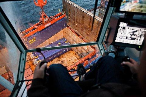 UENIG MED NHO: «...utviklingen av Drammen Havn er støttet av lokale og nasjonale politikere, faginstanser, vareeiere, rederier og næringslivet», skriver Hans Petter Tonum, daglig leder i Næringsforeningen i Drammensregionen og Arnt-Einar Litsheim som er leder i Norske Havner.