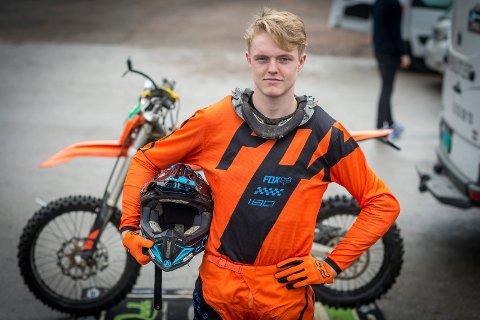 INNHOLDSRIK HØST. Først fikk Joachim Omby Jonassen sin EM-debut, deretter ble han tatt ut på landslaget.