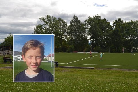 UENIG: 10 år gamle Trym Sørbye Bore kjenner seg ikke igjen i det Aftenposten skriver om tomme fotballbaner denne uka.