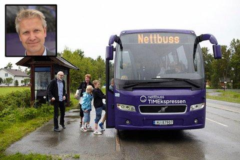 KUTTER: Synkene passasjertall gjør at TIMEkspressen mellom Notodden står foran ytterligere kutt. –  Situasjonen er egentlig ganske dramatisk, sier administrerende direktør i Nettbuss Travel Ståle Nistov.