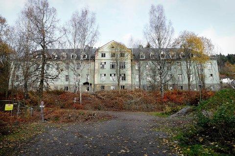 Lier sykehus, interiør og exteriør. En 90 år gammel epoke er over.