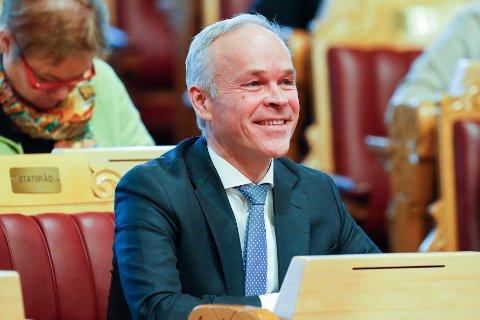 SJEFEN FOR REGIONINNDELINGEN:  Kommunal- og moderniseringsminister Jan Tore Sanner.