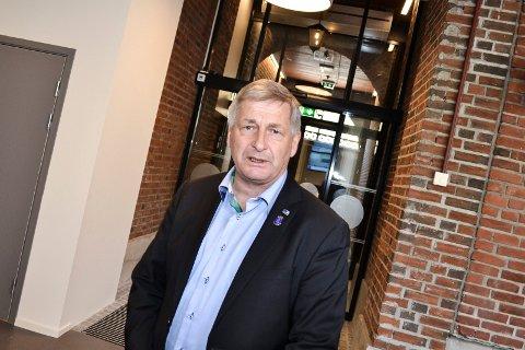 ER KLAR: «Jeg stiller meg til disposisjon. Dette er en kjempestor og spennende utfordring», sa Tore O. Hansen til Drammens Tidende i januar i år. Han er fortsatt den eneste som har lansert sitt kandidatur i full åpenhet.