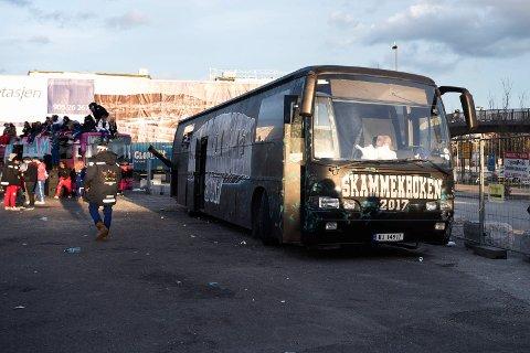 PÅ VG-LISTA: Konseptlåta til russebussen «Skammekroken 2017» fra Eiker ligger på 25. plass på VG-lista.