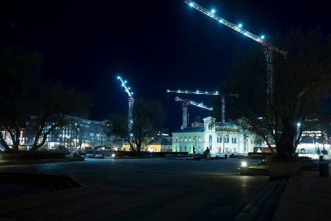 BYGGING: Det nye Nasjonalmuseet kommer opp på den gamle Vestbanetomten. Dette bildet er fra slutten av april i år.