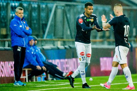 FINNER IKKE MÅLET: Marco Tagbajumi og Marcus Pedersen har ikke scoret siden den tredje serierunden. Det bekymrer ikke Godset-trener Tor Ole Skullerud (til venstre).