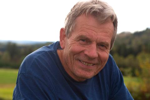 SKRIVER OM ISBJØRNEN OG GLOBAL OPPVARMING: Naturfilmskaper og stortingsrepresentant for SV, Arne Nævra