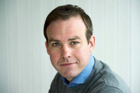 SPALTIST I DT: Kristoffer Reinsfelt Arnesen. Krokstælving utvandret til Toppenhaug, programlederansvarlig i TV2 og pappa til to.
