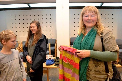 SØPPELKUNST: Blant de mange aktivitetene kan du lære å lage plastkunst av søppel med tekstilkunstneren Daina Deksne-Gundersen.