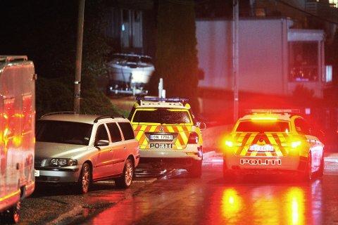 INNBRUDDSBØLGE: I fjor høst var det over 50 innbrudd i Drammensområdeet. Her rykket politiet ut til et innbrudd i Solsvingen. Foto: Reidar Folkedal