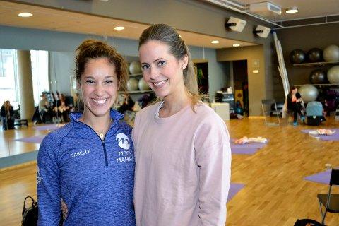 Isabelle Aguilera (t.v.), den ene av to initiativtakere til førstehjelpskurset, sammen med instruktør Cathrine Nedberg.
