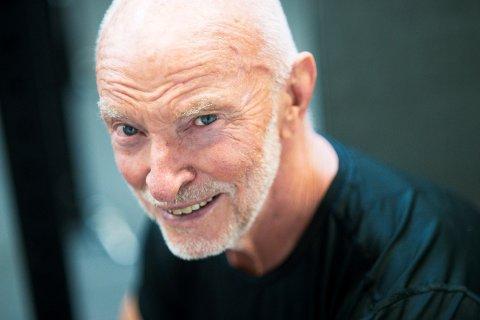 Hans Jørgen Nilsen er 81 år og trener fem ganger i uka på Sats i Drammen.