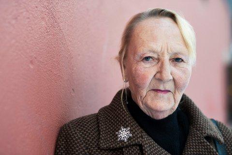 Heidi Lund (61) valgte alkoholen framfor barnet sitt. Nå har hun vært tørrlagt et år. – Lenge var sorgen en god unnskyldning for å fortsette å drikke.