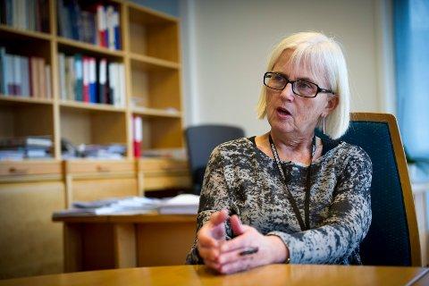 SETTER NED FOTEN: Politikerne i Drammen kan ikke straffe utbyggere som er involvert i korrupsjonssaken, fastslår fylkesmann Helen Bjørnøy.