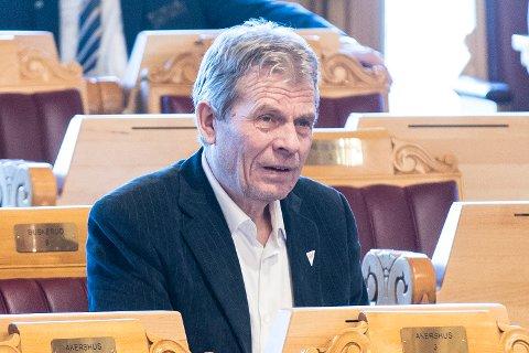1. MAI: Arne Nævra (SV) taler i Vestfossen