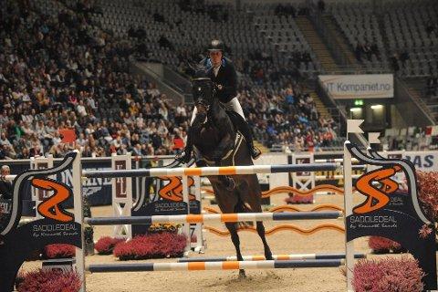 VANT: Johan-Sebastian Gulliksen gikk til topps med den seks år gamle hesten Equador Z. Her fra et tidligere stevne.