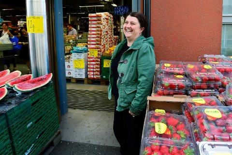 KNALLÅR: Den internasjonale matbutikken Elite Mat på Strømsø hadde sitt beste år i fjor. Butikken til Semra Ugur omsatte for nesten 85 millioner kroner (arkivfoto).