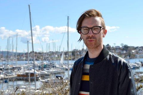 Andreas Runeson var den ene av fire interesserte som møtte på visning i Nærsnes søndag.