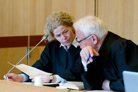 AKTORATET: Statsadvokat Anne Christine Stoltz Wennersten og politiadvokat Hans Lyder Haare.