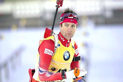 LEGGER OPP: Ole Einar Bjørndalen setter strek for en svært innholdsrik karriere.
