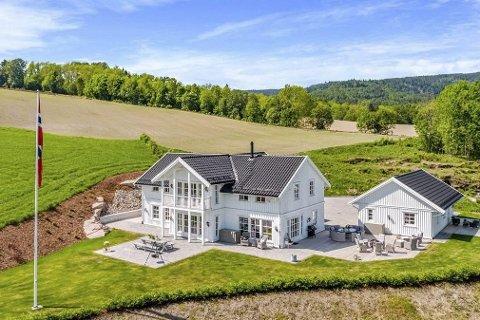 SOLGT: Distriktets dyreste eiendom som har adresse i Lier er solgt.