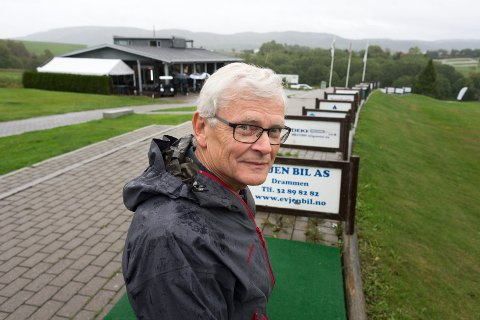 OVERSKUDD: Drammen golfklubb kan se tilbake på et meget godt år, som endte med overskudd forteller daglig leder Kjell Winge.