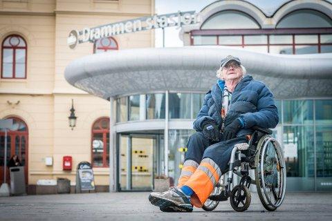 KJENT I BYBILDET: Kåre Berling døde onsdag i forrige uke.