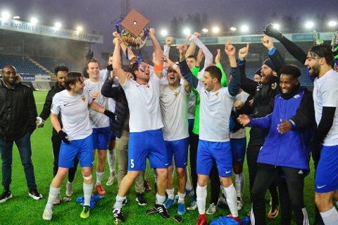 NYTT ÅR, NYE LOKALE HELTER: Drammens Ballklubb gikk helt til topps i DT-cupen for lag i 4. og 5. divisjon. Nå har ditt lag mulighet til å vippe drammenserne av tronen.