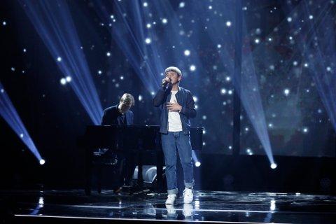 Adam Gryting er klar for finalen i Norske Talenter. Her fra semifinalen.