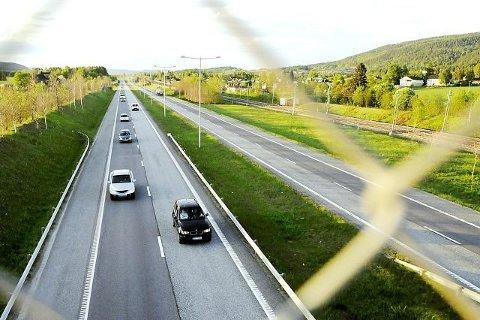 Fartsoverskridelsen fant sted på E18 i Sande i fjor sommer.