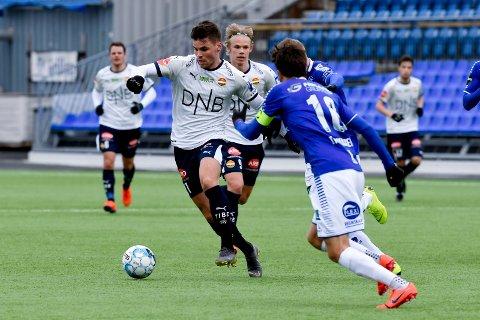 ÅRSBESTE. Kristoffer Tokstad spilte  til årsbeste og scoret både mål og hadde målgivende. Men Strømsgodset tapte likevel 4-2 for Sarpsborg 08.