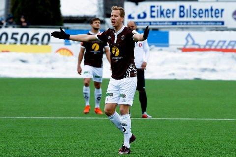 SISTEMANN.  Joackim Olsen Solberg er den eneste som er igjen fra Mjøndalen-laget som slo ut Hønefoss i NM i 2012, da HBK fortsatt var et eliteserielag. I kveld er han ikke med til Hønefoss.