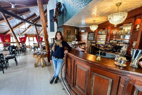 Må stenge: - Det er synd at jeg må stenge Spiralen Cafe i minst tre måneder mens rehabiliteringen av tunnelen foregår, sier Anka Tanberg.