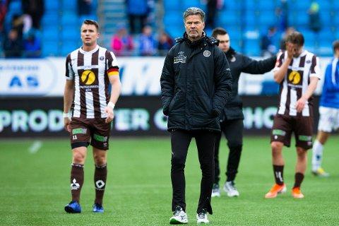 MÅ VENTE: Vegard Hansen og Christian Gauseth må vente ekstra lenge før kampen mot LSK blåses i gang torsdag.