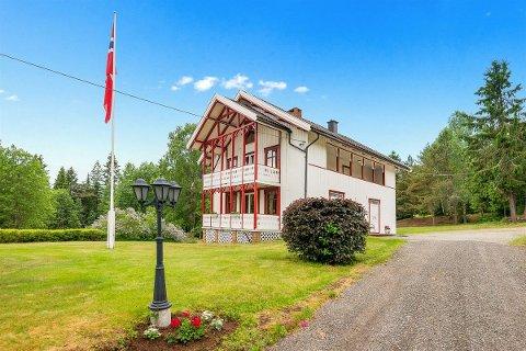 SELGER ETTER 101 ÅR: Familien Frøiland selger boligen som har vært i familien i 101 år.
