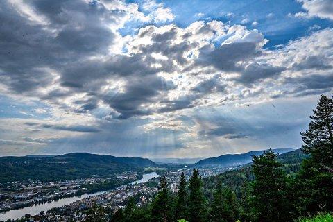 UTSIKT: Utsikten fra Spiraltoppen fremheves som den beste turistattraksjonen i Drammen, i følge kommentarer på TripAdvisor.