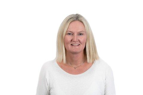 SØKER: Edel Karin Wøien, kommunalsjef oppvekst- og utdanningstjenester i Svelvik søker på begge rektor-stillingenge, i likhet med de fleste andre på listene.
