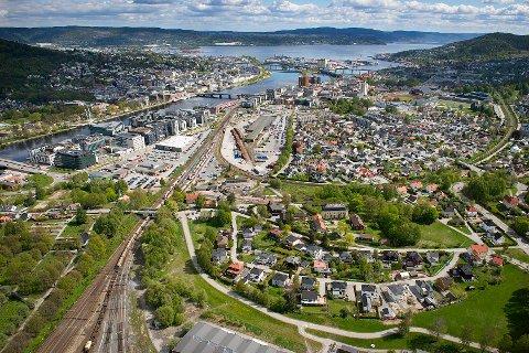 SKAL BYGGES UT: Strekninga Drammen-Kobbervikdalen skal bli dobbeltspor.