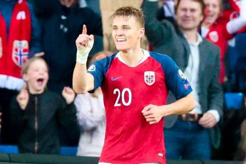 Oslo  20190607. Martin Ødegaard jubler for sin 2-0-scoring under EM-kvalifiseringskampen mellom Norge og Romania på Ullevaal stadion. Foto: Lise Åserud / NTB scanpix