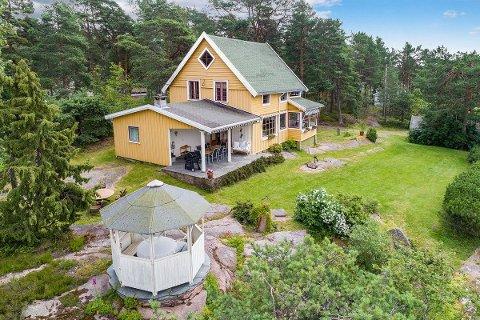 Prislappen på den dyreste hytta til salgs  i Hurum nå er på 10 millioner kroner.