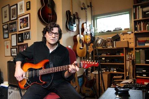 Gitarguru: Bent Bredesen er klar for åpningskonserten med symfoniorkesteret.