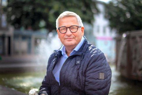 EKS-ORDFØRER: Tore Opdal Hansen mener det ikke er kommunen det har stått på. Han har stor tro på en stor boligutvikling i Drammen i årene som kommer.