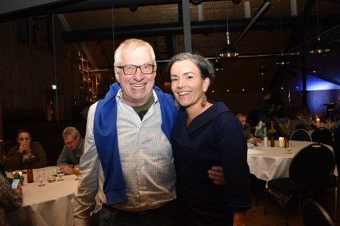 Søren Falch Zapffe, Høyres gruppeleder, og ordførerkandidat Gunn Cecile Ringdal feiret valgseieren mandag 9. september. Høyre vant valget i Lier med 37,6 prosent av stemmene.