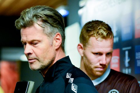 BETENKT: MIF-trener Vegard Hansen har en jobb å gjøre for å få blant annet Joachim Olsen Solberg (i bakgrunnen) oftere i situasjoner der han kan bruke skuddfoten sin. For Mjøndalen må score mål skal det bli serieseire fremover, og det sliter de med.