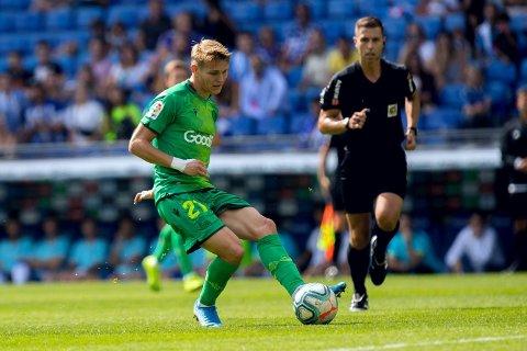 Martin Ødegaard forteller at han er glad Real Madrid ikke betalte mer for ham. Her for Real Sociedad tidligere i år.