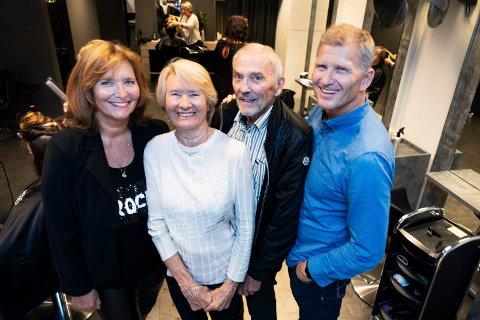 FRISØR-FAMILIE: Josefsson frisør i Drammen er en av byens eldste frisørfirmaer, og denne uka fyller kjeden 60 år. Det var Kjell Malkolm Josefsson (nest til høyre) som startet opp firmaet sin tid. Kona Norunn (nest til venstre) ble raskt med på laget. I dag er det datteren Nina Josefsson Boldt (til venstre) og sønnen Cay Anders Josefsson som drifter frisørkjeden.