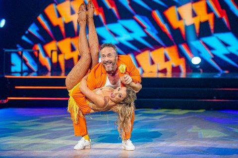 FIKK OMGANGSSYKE: Michael Andreassen og Ewa Trela er fortsatt med i «Skal vi danse». De har imidlertid vært preget av sykdom den siste uken: – Det er jo dritkjipt.