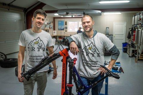 GRÜNDERE: Hans Kristian Nilsen (38) og Simon Haugan (33) startet firmaet TRYE i fjor.