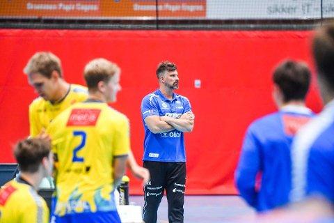 DHK-trener Kristian Kjelling og gutta hans knuste Viking onsdag. Nå møter de Elverum i semifinalen.